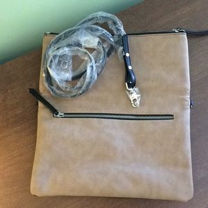 New never used Stella&Dot Convert Crossbody Bag